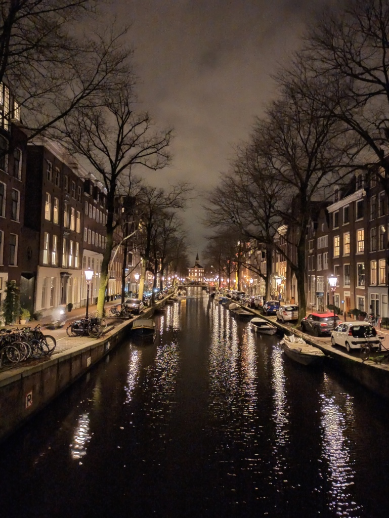 Night view of the canals amsterdam